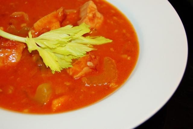 czerwona zupa drwala