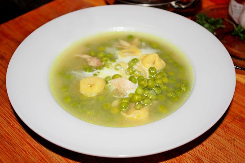 zupa z zielonego groszku na porach