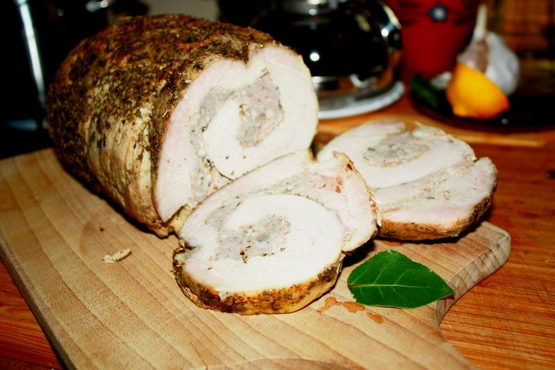 Rolada mięsna z białą kiełbasą