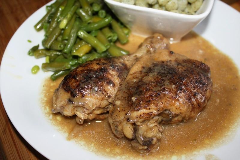 duszony kurczak w sosie własnym