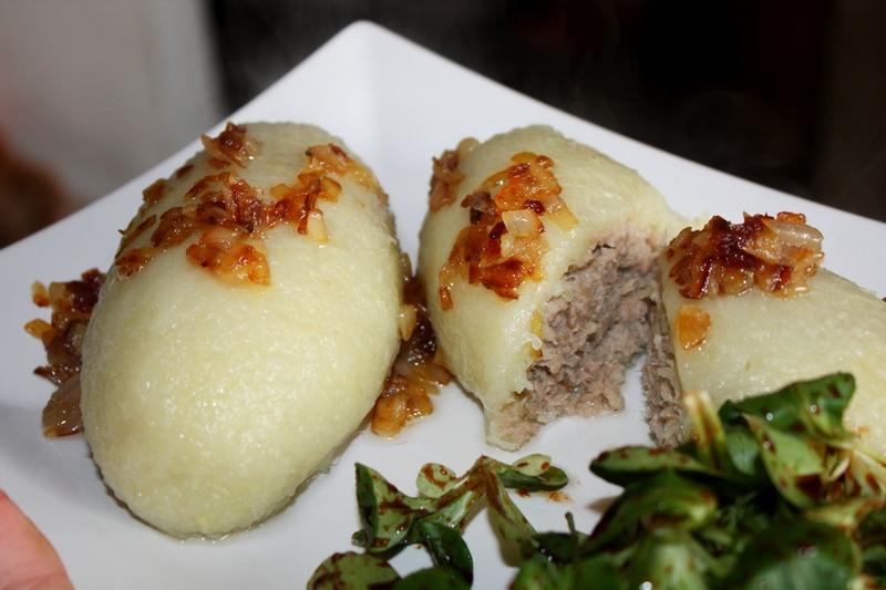 Cepeliny z mięsem i lubczykiem